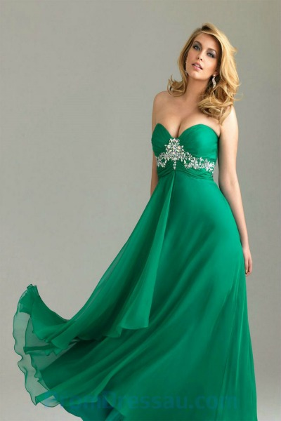 20 elegant prom dresses to inspire you