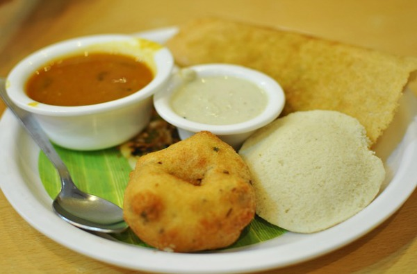Healthy Indian food to stay fit idli